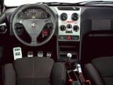 Интерьер Alfa Romeo 145