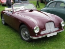 Интерьер Aston Martin DB2 Drophead Coupe