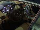 Интерьер Aston Martin DB9