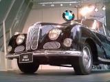 Черный BMW 501/502 на выставке