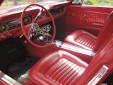 Интерьер Ford Mustang 1965