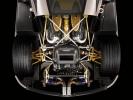 Pagani Huayra (моторный отсек вид снизу)