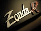 Pagani Zonda R:  эмблема Zonda R
