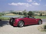 Pagani Zonda Roadster: вид сбоку (красный)