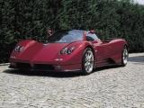 Pagani Zonda Roadster: вид спереди сбоку (красный)