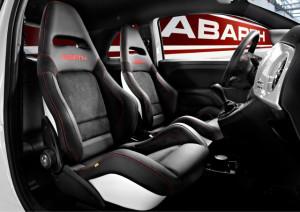 Спортивные сиденья Abarth от компании Sabelt