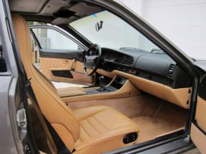 1992-Porsche-968-Interior