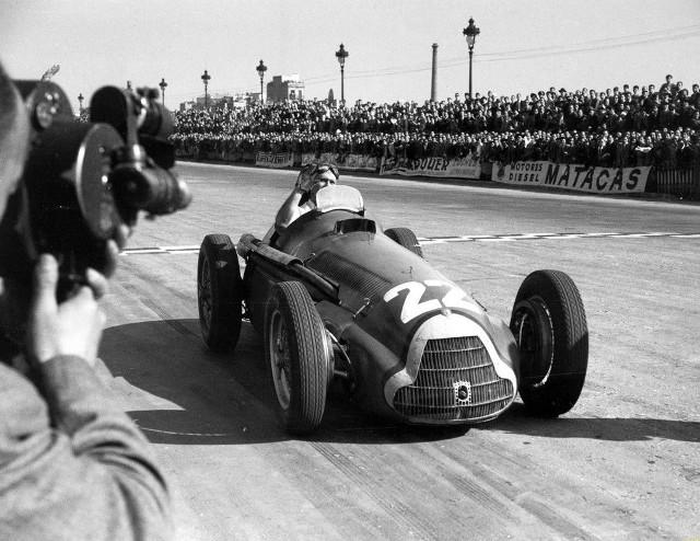 Juan-Manuel-Fangio-Alfa-Romeo