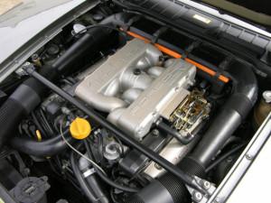 Porsche-928-S4-engine-1987
