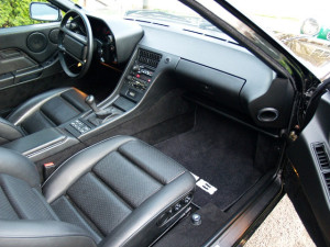 Интерьер Porsche 928