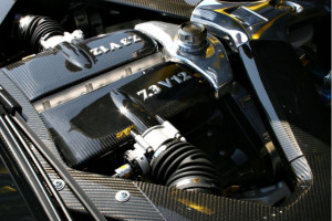 aston-martin-one-77-engine